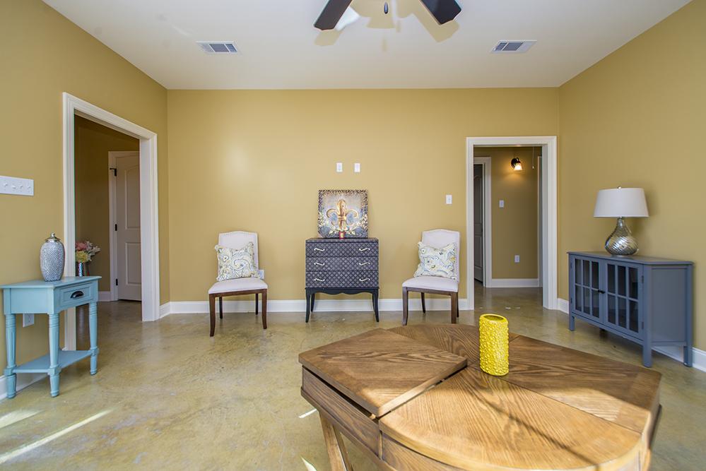 Pelican Living Room