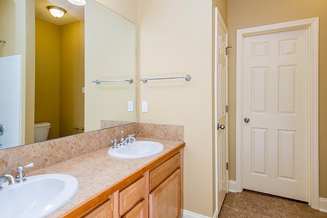Sycamore bathroom area