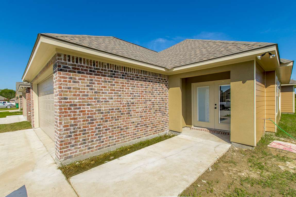 The cypress model home magnolia springs in st gabriel la for Cypress house