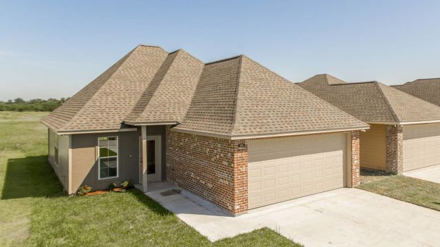 Full elevation of the Willow model home in Magnolia Springs