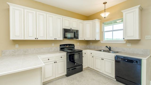 Full kitchen of the Willow model home in Magnolia Springs