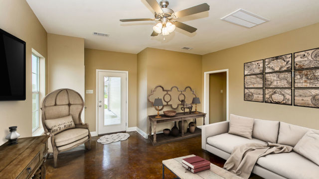 Living room of the Magnolia model, Virtual Staging